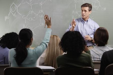 Жалоба на школьного учителя: составление и подача