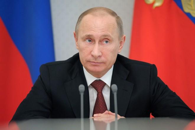 Последствия принятия «закона Яровой» для интернет-компаний и мобильных операторов. Как отразится подписание «антитеррористического пакета» Путиным на обычных гражданах?