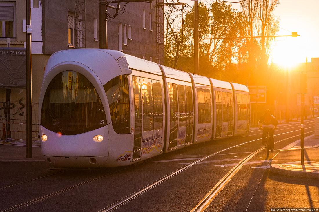 Стоимость проезда в общественном транспорте с 1 января ...: http://yconsult.ru/zakony/stoimost-proezda-transport-2017/