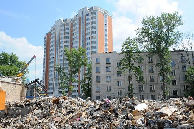 Cнос пятиэтажек в Москве в 2017 году